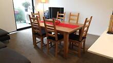 Extendable dining table (Only Pick up - Kogarah) Kogarah Rockdale Area Preview
