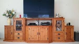 TV/Entertainment Unit Bomaderry Nowra-Bomaderry Preview