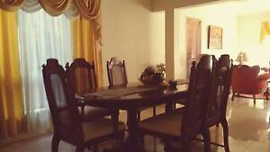 Vintage extendable Dining table with 6 chairs Macquarie Links Campbelltown Area Preview