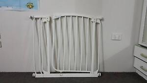 Child safety gate Earlville Cairns City Preview