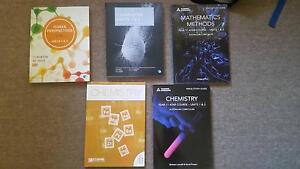 Year 11 text books (methods, human bio, chemistry) Marangaroo Wanneroo Area Preview