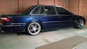 Ford 1995 fairlane 5 litre Felixstow Norwood Area Preview