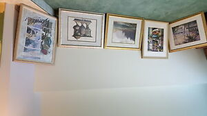 Various sizes of picture frames