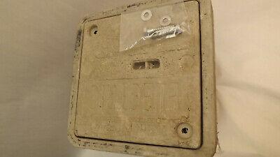 Hubbell Underground Quazite Polymer Concrete Enclosure Cover 8x8 Pc0808hg0009