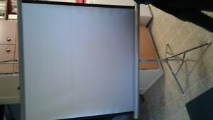 Da-Lite  Folding Silver/White Projection Screen, base & box