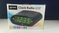 GPX C303B AM/FM Clock Radio with Auto Time Set, USB Charging Port, used
