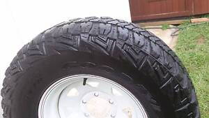 """16"""" SUNRAYSIA AND MUD TYRE 265/75R16 33"""" M/T KEVLAR GOODYEAR 4X4 Kallangur Pine Rivers Area Preview"""