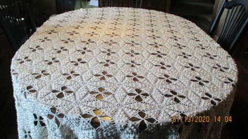 Vintage Crochet Popcorn Cream/Ivory 72 x 92 Tablecloth/Coverlet Scalloped Edge