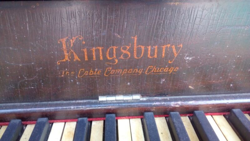 Kingbursy the Cable Company Chicago Antique Upright Paino Circa 1920 As-Is