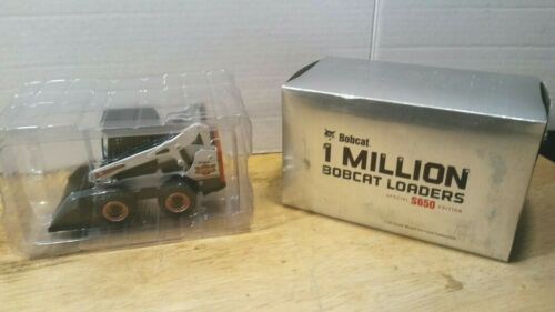Bobcat - S650 Loader - DieCast Collectible Model - 1:25 Scale - Melroe - In Box