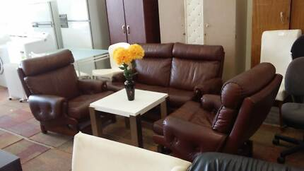 HURRY! CHEAP BUT GOOD SOFAS AND LOUNGES FOR SALE Bentley Canning Area Preview
