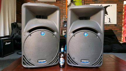 Mackie 15 inch Speakers