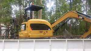 Excavator/Tipper Hire  $90Hr +Gst Cooroy Noosa Area Preview