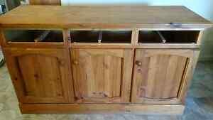 buffet cabinet. Kambah Tuggeranong Preview