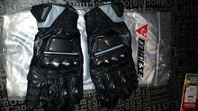 Motorcycle Short Gloves - Dainese 4 Stroke Medium (unused) Langford Gosnells Area Preview