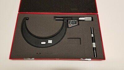Starrett Digital Micrometer 3732xfl-6 Lcd Electronic 5-6 .0001 12273