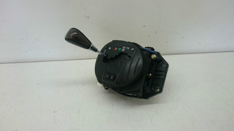 LEXUS IS200 '99-05 GEAR LEVER AUTOMATIC SHIFT UNIT COMPLETE GEARSTICK