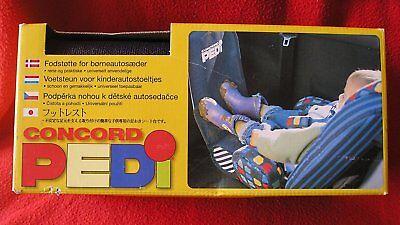Fußstütze für Kinderautositz zum Sauberhalten des Vordersitzes.