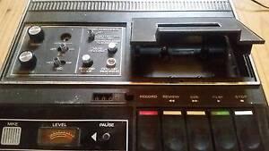 RETRO VINTAGE 70s Cassette Recorder Tape Player Audiotronics 152s Adelaide CBD Adelaide City Preview