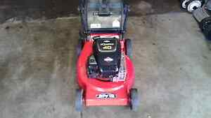Rover 4HP, 4 stroke mower with catcher and warranty Sunbury Hume Area Preview
