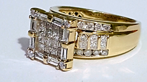 Gold Diamond Ring Valued $6000 Melbourne CBD Melbourne City Preview