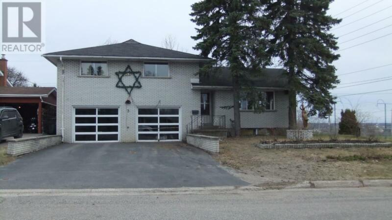 3 Grandy RD Sault Ste. Marie, Ontario   Houses for Sale ...