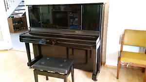 Yamaha YUX Japanese made Piano Berkeley Vale Wyong Area Preview