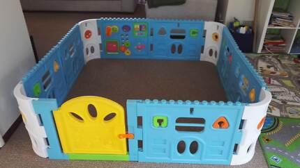 Baby Playpen with Door - 1.6 x 1.6m plus play mats