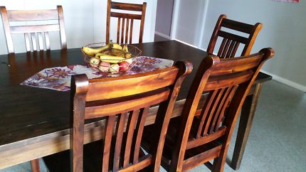 Dining Table 6x Chairs