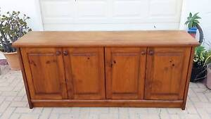CLASSIC TIMBER BUFFET, LARGE, GC! Greenslopes Brisbane South West Preview