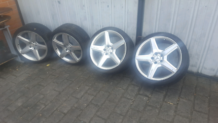 Amg alloy mag wheels 19 inch staggered set of 5