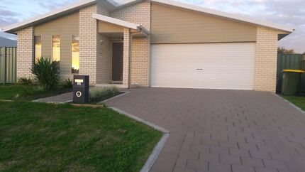 Need 2 house tenants to share rent in dubbo area. Dubbo 2830 Dubbo Area Preview