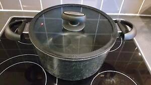 Scanpan IQ dutch oven Wollstonecraft North Sydney Area Preview