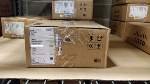 New Sealed Cisco Ws-c3560cx-8xpd-s 3560-cx Switch 6 Ge Poe+