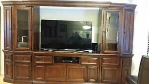 Tv wal unit