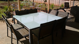 Glass outdoor table and 6 chairs Salisbury East Salisbury Area Preview