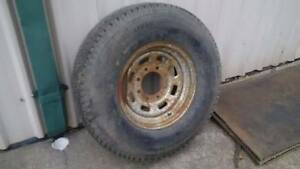 Ford F-250 / F-350 8 stud rim and tyre Cardiff Lake Macquarie Area Preview