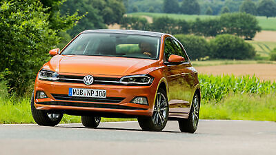Der VW Polo 6 in Frontansicht fahrend