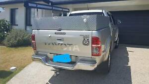 2013 Toyota Hilux Sr5 (4x4) 5 Sp Manual Dual Cab P/up Griffin Pine Rivers Area Preview