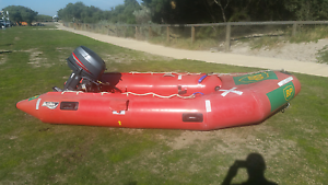 Achilles 375 inflatable and 25hp yamaha Pakenham Cardinia Area Preview