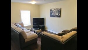 975$ for 1 Bedroom Luxury furnished Apt with appliances + Hydro