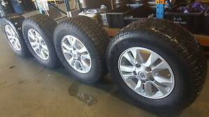Landcruiser 200 series wheels & tyres factory alloys, BARGAIN !!! Canning Vale Canning Area Preview