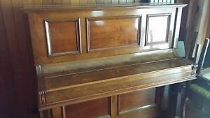 Piano for sale Windsor Gardens Port Adelaide Area Preview