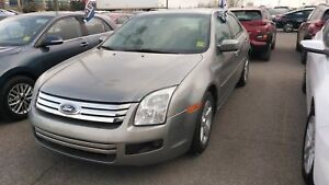2009 Ford Fusion SE   DEAL OF THE MONTH