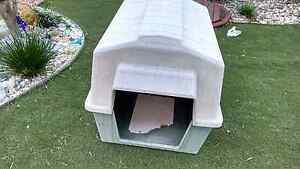 Large Petmate Dog Kennel - house Cashmere Pine Rivers Area Preview