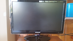 """Samsung 22"""" HD Monitor Mount Gambier Grant Area Preview"""