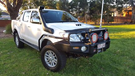 toyota hilux sr5 Sandy Point Bankstown Area Preview