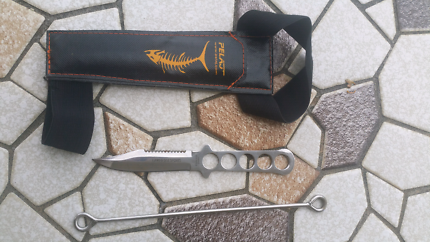 Dive knife with  sheath/speed spike