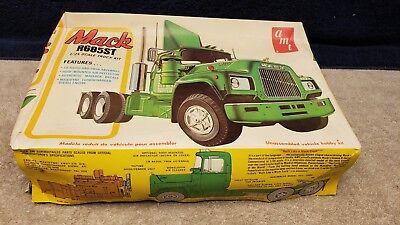 Mack R685ST 1//25 AMT big rig semi frame truck model car parts kitbash lot
