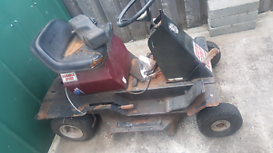 """Ride on mower Cox scout 28"""" no engine as is Hobart CBD Hobart City Preview"""